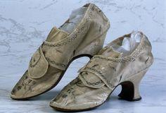 Satin shoes, English 1759. Northampton Museums.
