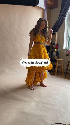 Chaniya Choli Designer, Designer Bridal Lehenga, Indian Bridal Lehenga, Party Wear Indian Dresses, Indian Gowns Dresses, Indian Bridal Outfits, Floral Skirt Outfits, New Designer Dresses, 18 Movies