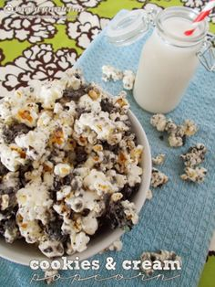27 Easy Popcorn Recipes and Printable Boxes