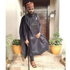The man has never disappointed us with is dress sense, he always have a way of bringing out the difference and uniqueness in his dressing. African Attire For Men, African Clothing For Men, African Wear, Nigerian Men Fashion, African Men Fashion, Mens Fashion, Style Afro, Agbada Styles, Native Wears