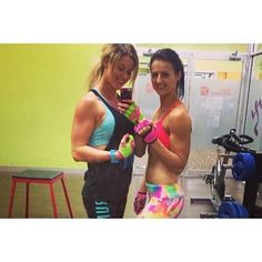 Did someone say double trouble?! #groupie #selfie #colorful #liftandlove #g_loves #glovegirl #fitchicks #fitness #workout #girlswithmuscle