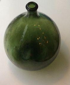 pyöreä metsänvihreä lasipullo, korkeus 37cm MYYTY