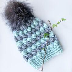Зима, не уходи Я связала себе идеальную шапку... Привет! Всех с Пасхой! Простите, фото без яиц, съели уже♀️ День чудесный, настроение…