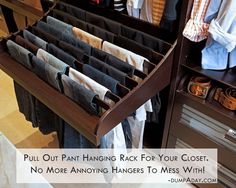 pull out pant hanging rack for your closet. No more annoying hangers to mess with. Dra ut en hängare från garderoben. Bra för att hålla ordning