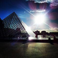 France, Paris - Louvre Pyramid Paris Louvre, Louvre Pyramid, Opera House, France, Building, Travel, Viajes, Buildings, Destinations