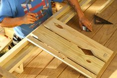 I want to add charm and character to my home. I found this tutorial on building flat sawn baluster railings. Looks super easy to do. Porch Railing Designs, Front Porch Railings, Balcony Railing, Deck Railings, Porch Over Garage, Bungalow Interiors, Cabin Homes, Diy Storage, Victorian Homes