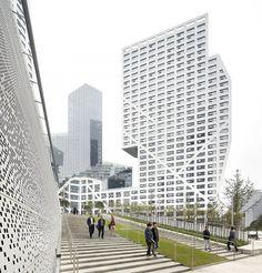 Sliced Porosity Block /Steven Holl Architects