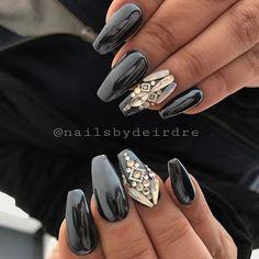 Black chrome #clevelandnails #chrome #dailycharme #swarovski #love #riyasnailsalon #nails #black