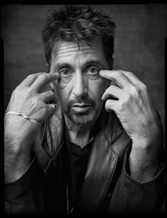 Al Pacino - amazing black and white portrait Al Pacino, Foto Portrait, Portrait Photography, Celebrity Portraits, Celebrity Photos, Celebrity Photography, Foto Face, Mark Seliger, Actrices Hollywood