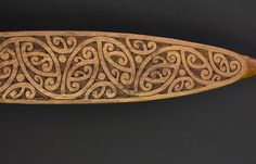 The hoe was the means of propulsion for the Māori waka (canoe). While the hoe was primarily a paddle, it also doubled as a weapon when the need arose. Carved paddles were the property of the chief and were highly valued. Maori Designs, Tattoo Designs, Maori Tribe, Maori Patterns, Polynesian Art, Nz Art, Maori Art, Kiwiana, Indigenous Art