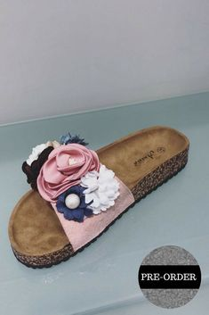 Fashion Shoes, Fashion Accessories, Fashion Outfits, Womens Fashion, Cream Flowers, Pink Flowers, Summer Flats, Wedge Boots, Pumps