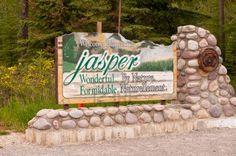 Google Image Result for http://us.123rf.com/400wm/400/400/gnohz/gnohz1111/gnohz111100026/11201027-welcome-sign-at-entrance-to-jasper-national-park-in-canada.jpg