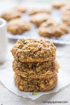 Zucchini Bread Quinoa Breakfast Cookies (uses quinoa flakes)
