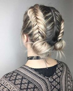 Top 11 easy braid styles for short hair to make it look more voluminous
