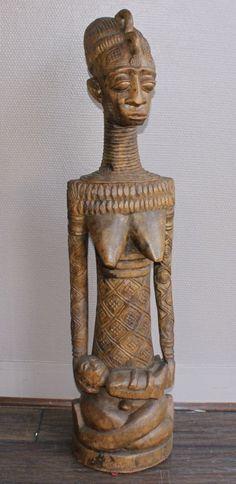 Maternité en bois sculpté. XXe siècle. Zaïre. XXe siècle. Haut : 95 cm. Le Chesnay Enchères - 31/01/2015