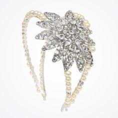 Vintage hollywood enchantment flower deco bridal headband by Fabledreams | Vintage-style headband with oversized Swarovski crystal flower embellishment