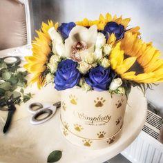 #sunflower #Simplicity #autumn Autumn, Table Decorations, Flowers, Furniture, Home Decor, Decoration Home, Fall Season, Room Decor, Fall