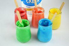 Essbare Fingerfarben zum Basteln mit Kindern selber zubereiten
