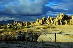 Google Image Result for http://www.gate1travel.com/turkey-travel/photos/cappadocia1.jpg