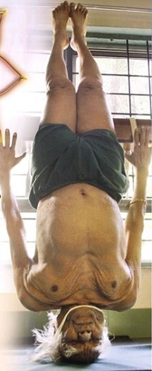 Why practice headstand before shoulder stand in Iyengar yoga.