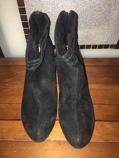7cf11cf618f8 Bella Vita Women s (Sz 11) Landon Ankle Boots Black Suede  fashion