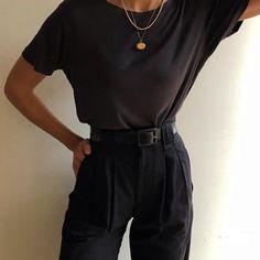 Most favorite vintage thin knit silk tee paired wi. : Most favorite vintage thin knit silk tee paired wi… – Mode Outfits, Girl Outfits, Casual Outfits, Fashion Outfits, Womens Fashion, High Fashion, Fashion Tips, Vintage T-shirts, Looks Vintage