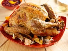 Giada De Laurentiis' 5-star Turkey with Herbes de Provence and Citrus #Thanksgiving #ThanksgivingFeast