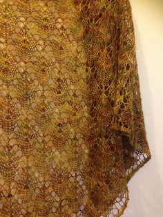 Ravelry: Autumn Falling free shawl knitting pattern by Dominique Trad free pattern