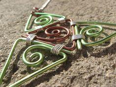 """Collier plastron fantaisie """"Geometric summer"""" vert et brun alu : Collier par les-bijoux-d-anso"""