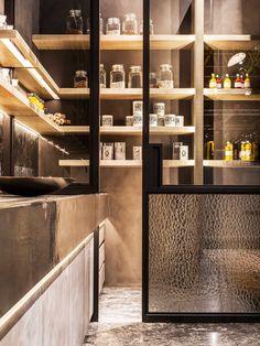 Obumex | Closet | Craftmanship | Window Treatments | Design