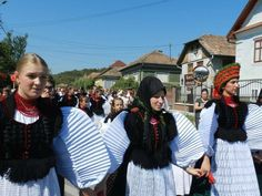 Folklore, Dresses, Fashion, Vestidos, Moda, Fashion Styles, Dress, Fashion Illustrations, Gown