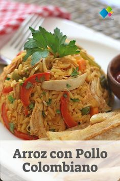 Arroz con Pollo Et Yemekleri Yuca Recipes, Cooking Recipes, Chicken Recepies, Home Meals, Colombian Food, Meat And Cheese, Quick Meals, Love Food, Vegetarian Recipes