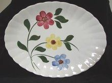 Southern Potteries Colonial shape, floral pattern platter.  $40 on GoAntiques.com.  #Vintage Dinnerware #Southern Potteries #Platter Platter, Tray, Vintage Dinnerware, China Plates, Charger Plates, Blue Ridge, Fine China, Blue Flowers, Colonial