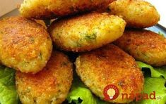 cabbage cutlets Ingredients: - 1 kg cabbage - 1 onion - cups semolina - cups flour - 2 cloves of garlic - greenery - Vegetable oil for Meatless Meatballs, Meatless Burgers, Ukrainian Recipes, Russian Recipes, Cutlets Recipes, Vegetarian Recipes, Cooking Recipes, Easy Recipes, Food To Make