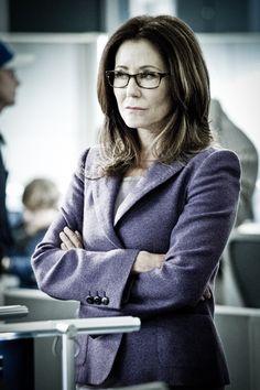 Hello Captain Raydor ♥  Mary McDonnell as Captain Sharon Raydor - MAJOR CRIMES (2012)