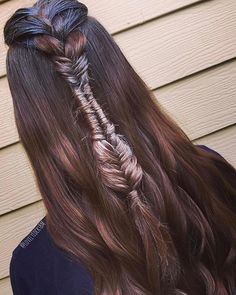 Braid inspo from  @lovelylocksbm using Not Your Mother\'s Haircare  It\'s all in the small details  #hairinspo #notyourmothers #braid #braids #braidstyles #braidinspo #braidideas #braidgoals