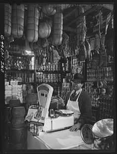 New York, New York. Italian grocery store owned by the Ronga brothers on Mulberry Street. (1943)