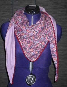 937d0d41c203 chèche foulard femme en coton liberty fleuri rose violet avec galon pompon  prune   Echarpe,