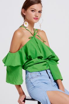 Elana Ruffle Halter Neck Blouse Discover the latest fashion trends online at storets.com #blouses #halterneckblouses #ruffleblouses #fashion #ootd #storetsonme