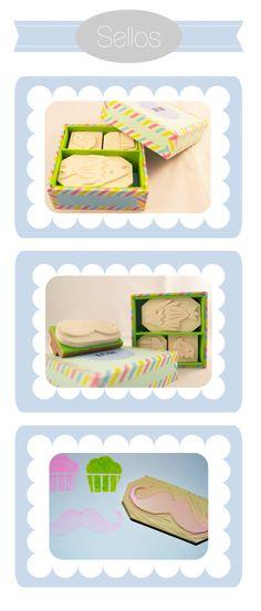 Sellos personalizados montados en madera. Completamente personalizados, posibilidades infinitas. Presentados en una cajita a medida. Posibilidades: kit de 3 sellos + cajita personalizada o sello individual en cajita personalizada. Adaptables a cualquier medida.