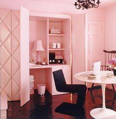 Gosta de cor de rosa? Que tal investir na cor na hora de decorar!