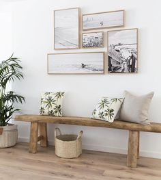 Home Decorating Ideas Furniture small picture gallery kleine Bildergalerie & Holzbank & Flur Home Decorating Ideas Möbel The post Home Decorating Ideas Furniture kleine Bildergalerie appeared first on Lori& Decoration Lab. Coastal Living Rooms, Room Decor, Decor, Decor Inspiration, Interior, Entryway Decor, Coastal Decor, Home Decor, Beach House Decor