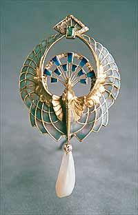 A wonderful era of Art Nouveau - Art Nouveau Jewelry. Louis Comfort Tiffany, Philippe Wolfers  Vever