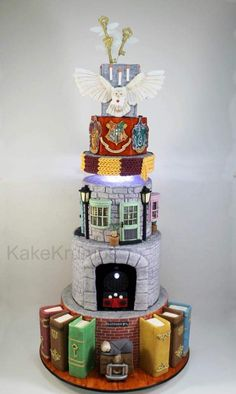 Harry Potter Torte, Harry Potter Desserts, Harry Potter Treats, Harry Potter Birthday Cake, Harry Potter Bday, Harry Potter Food, Harry Potter Artwork, Harry Potter Feels, Harry Potter Wedding
