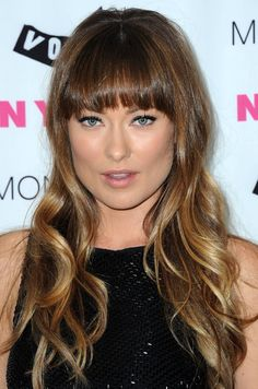 Sleek Ombre Hair from Olivia Wilde - Hairstyles Weekly Sleek Hairstyles, Celebrity Hairstyles, Hairstyles With Bangs, Beautiful Hairstyles, Curly Haircuts, Layered Hairstyles, 2015 Hairstyles, Hairstyle Ideas, Long Hair With Bangs