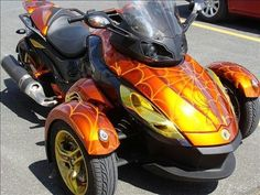 Spyder Can Am Spyder, Cool Bikes, Airbrush, Cool Cars, Motorcycle, Trucks, Motivation, Boots, Vehicles