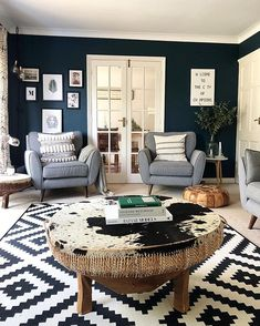 The rustic living room idea has been transformed into a more eclectic look that has been designed with everything from the farm to the super modern. You can be alone or bring warmth to a more contemporary space. Navy Living Rooms, Blue Living Room Decor, Living Room Sets, Rugs In Living Room, Living Room Designs, Navy Blue And Grey Living Room, Grey Carpet Living Room, Room Rugs, Living Room Inspiration