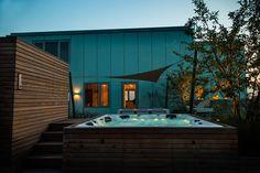 Ontwerp dakterras bij penthouse | Rooftop terrace design penthouse #jacuzzi  ontwerp dakterras, roof terrace, tuinontwerp, tuinarchitect, wellnesstuin, garden design, moderne tuin, landscaping, design roof terrace, modern garden, rooftop terrace, rooftop jacuzzi.