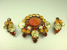 Beautiful colors and texture on this unusual vintage pin/earrings set $67.50