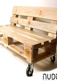 You can make awesome benches with the wooden palette as well, these benches can be placed anywhere in the house. You can place them in the garden of the house or at any outdoor area. You can place them for the sitting of the guests and you can use them for personal use as well.